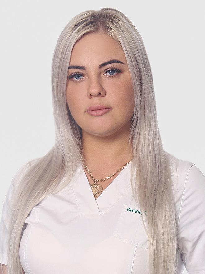 Сахарова Юлия Петровна